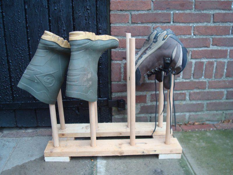 Hout het simpel laarzenrek - Buiten image outs ...